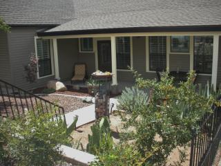 Cozy Cottage near the Courthouse Square - Prescott vacation rentals