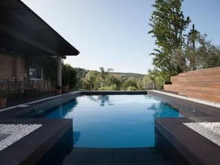 Luxury Secluded Mountain-View Cottage with Pool - Loule vacation rentals