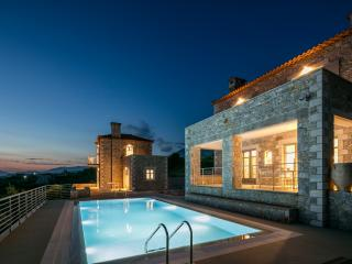 2 bedroom Villa with Internet Access in Stoupa - Stoupa vacation rentals