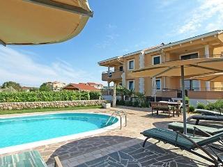 2 bedroom Apartment with Short Breaks Allowed in Kraj - Kraj vacation rentals