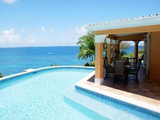 Bright Villa with Internet Access and Television - Long Bay vacation rentals