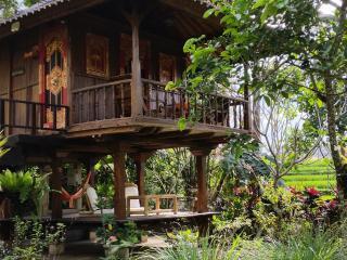 The Joglo- Sekar Jepun (Frangipani) - Sayan vacation rentals
