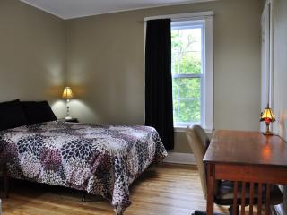 1 bedroom House with Internet Access in Moncton - Moncton vacation rentals