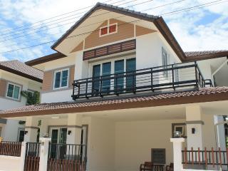 PRIME1 New house at Saturday Market - Chiang Mai vacation rentals