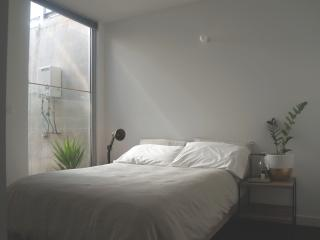Experience Melbourne in Fitzroy - Melbourne vacation rentals