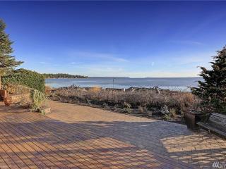 Camano Island Waterfront Beach Cabin - Camano Island vacation rentals