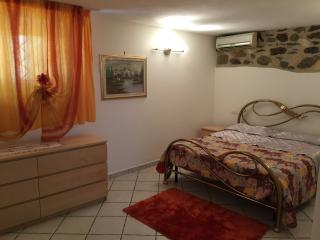 Perfect Condo with Internet Access and Dishwasher - Piombino vacation rentals