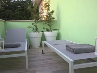 Residence Diffuso Arcobaleno Attico Scola 22 - Gabicce Mare vacation rentals