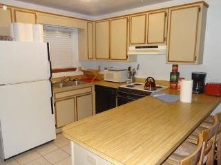 Best Deal in Tally #1-2Br, 1.5 Bath Fits up to 12 - Tallahassee vacation rentals