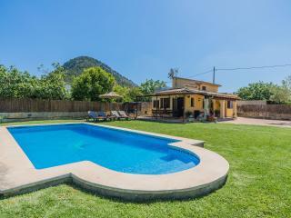 Beautiful 2 bedroom Villa in Pollenca - Pollenca vacation rentals