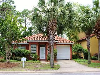 Emerald Oasis, 3BR/2BA private home. Gated neighborhood! - Destin vacation rentals