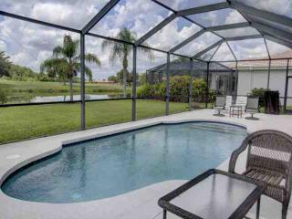 Heritage Harbour 4 bedroom pool home in gated golf community. - Bradenton vacation rentals