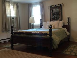 One Bedroom Walk-Up in Historic Front Royal - Front Royal vacation rentals