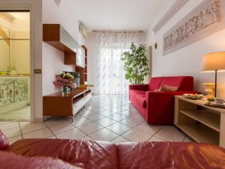BELLARIA SUITE - Roomy, Light-filled, 2 Terraces - Bologna vacation rentals