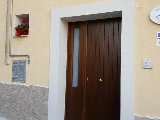Bright 1 bedroom Bed and Breakfast in Capizzi with Television - Capizzi vacation rentals