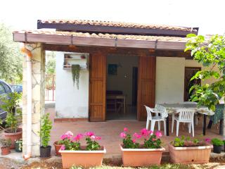 2 bedroom Villa with Satellite Or Cable TV in Altavilla Milicia - Altavilla Milicia vacation rentals
