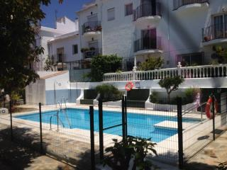 Three bed Town house quiet and central - Sitio de Calahonda vacation rentals