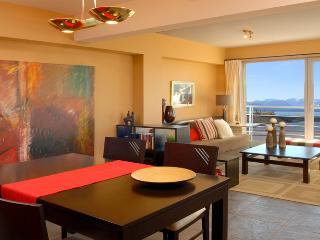 2 bedroom in town! - Los Cristianos vacation rentals