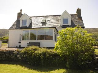 2 bedroom Cottage with Internet Access in Bettyhill - Bettyhill vacation rentals