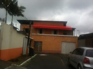 casa de 3 quartos e  casa de 2 quartos com wifi - Itajai vacation rentals