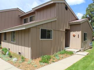 Pines 4043 is a conveniently located vacation condo in Pagosa Springs. - Pagosa Springs vacation rentals