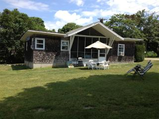 walk to two beaches, downtown newport in five min. - Middletown vacation rentals