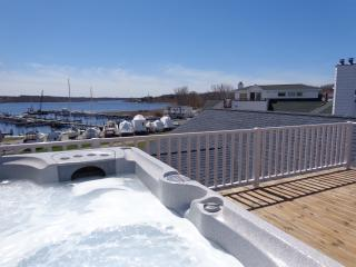 Monthly Rental with views of White Lake! - Muskegon vacation rentals