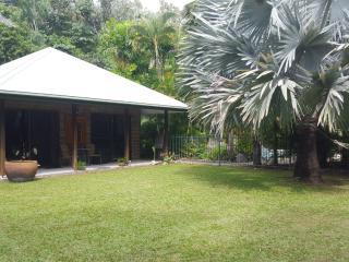Blue haven Villa, Oak Beach-Pt Douglas, Queensland - Oak Beach vacation rentals