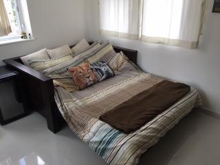 1 bedroom Apartment with Elevator Access in Hong Kong - Hong Kong vacation rentals