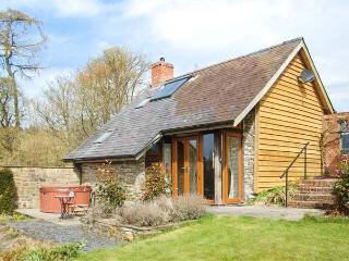 THE CWTCH, converted barn, super king-size bed, woodburner, hot tub - Llanbister vacation rentals