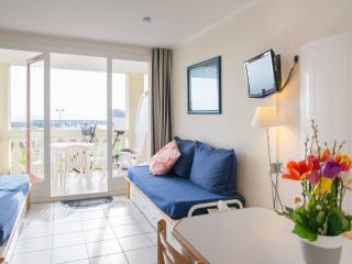 Appartement vue mer & port de plaisance + 2 vélos - Talmont Saint Hilaire vacation rentals