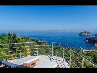 Perfect 10 bedroom Mismaloya Villa with A/C - Mismaloya vacation rentals