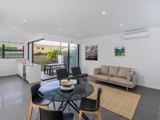 O10B 2BR Bulimba - Brisbane vacation rentals