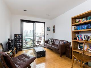 Very nice 1 bed in Trendy East London - London vacation rentals
