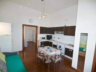 Romantic 1 bedroom Condo in Carru - Carru vacation rentals