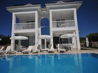 4 Bedroom all en-suite villa, Silver C, Hisaronu - Fethiye vacation rentals