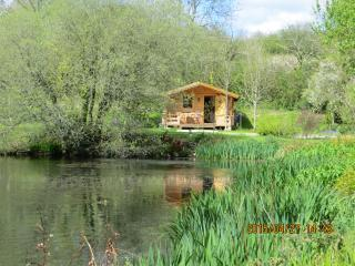 1 bedroom Lodge with Boat Available in Chacewater - Chacewater vacation rentals
