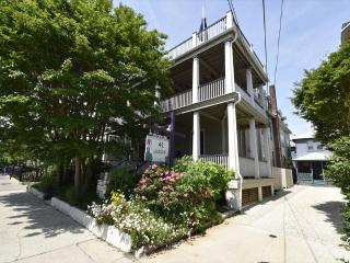 Condo with 1 BR & 1 BA in Cape May (The Hideaway 53609) - Cape May vacation rentals