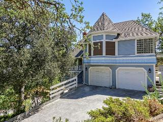 Vacation Home in Beautiful Oak Tree Canopy--Downtown Paso Robles! - Paso Robles vacation rentals