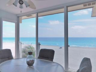 The Closest Beachfront Condo to the Gulf of Mexico on Siesta Key - Amazing View! - Siesta Key vacation rentals
