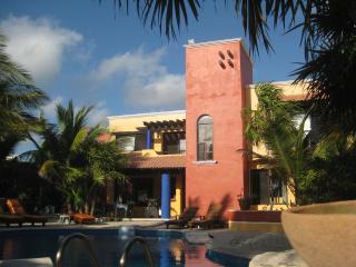 Privacy Pool Beach Casa Martia - Puerto Morelos vacation rentals