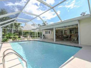 3BR/2BA Pool Home in Coquina Sands-2 Blocks to Naples Beach Hotel/Gulf of Mexico-Fantastic Location! - Naples vacation rentals