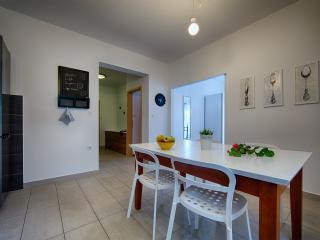 Apartments Zambarlin-Apartment Perina - Komiza vacation rentals