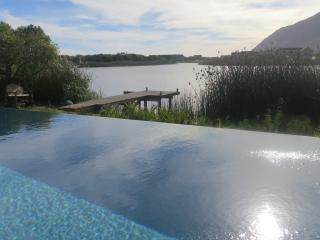 CHARMING HOUSE ON THE LAKES - Noordhoek vacation rentals