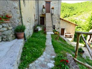 1 bedroom Apartment with Internet Access in Spoleto - Spoleto vacation rentals