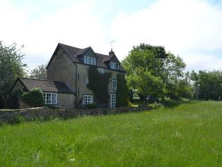 Secluded Rural Cotswold Cottage - Charlbury vacation rentals