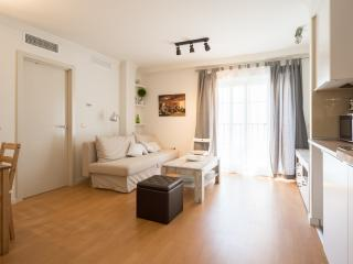 COSY SUNNY APARTMENT IN CENTER (Ventura) - Malaga vacation rentals