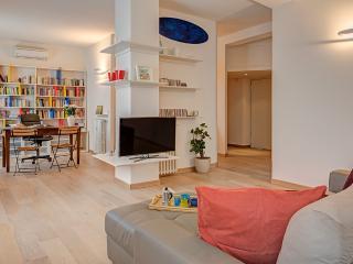 Splendido bilocale Open space - Milan vacation rentals