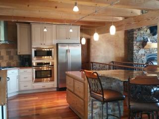 Near Sturgis, Centrally located Gorgeous Log Cabin - Whitewood vacation rentals
