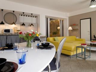 Moderno loft  con parcheggio - Milan vacation rentals